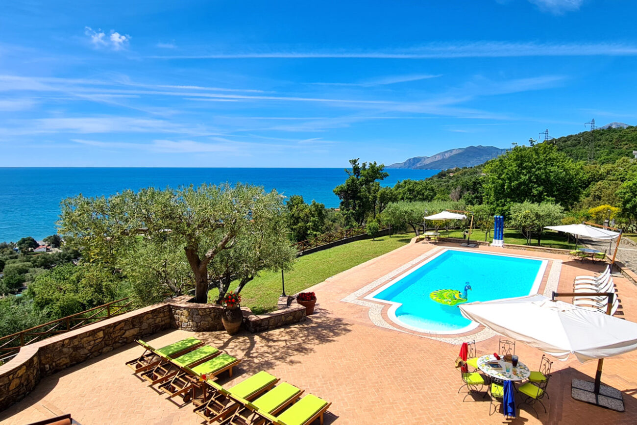rent a villa in italy amalfi coast cilento